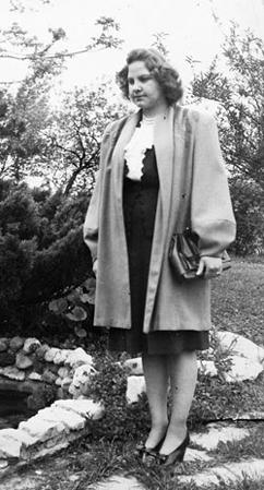 Annette Fleck portrait